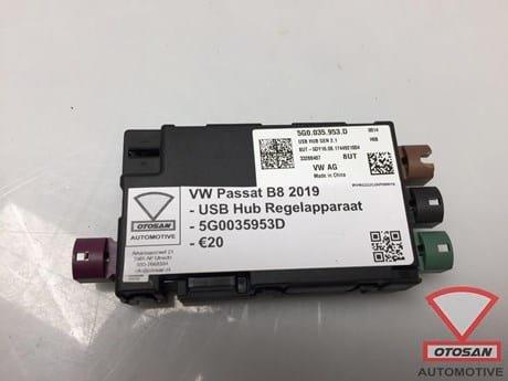VW-Passat-B8-2019-VAG-USB-Hub-Regelapparaat-5G0035953D-2.JPG